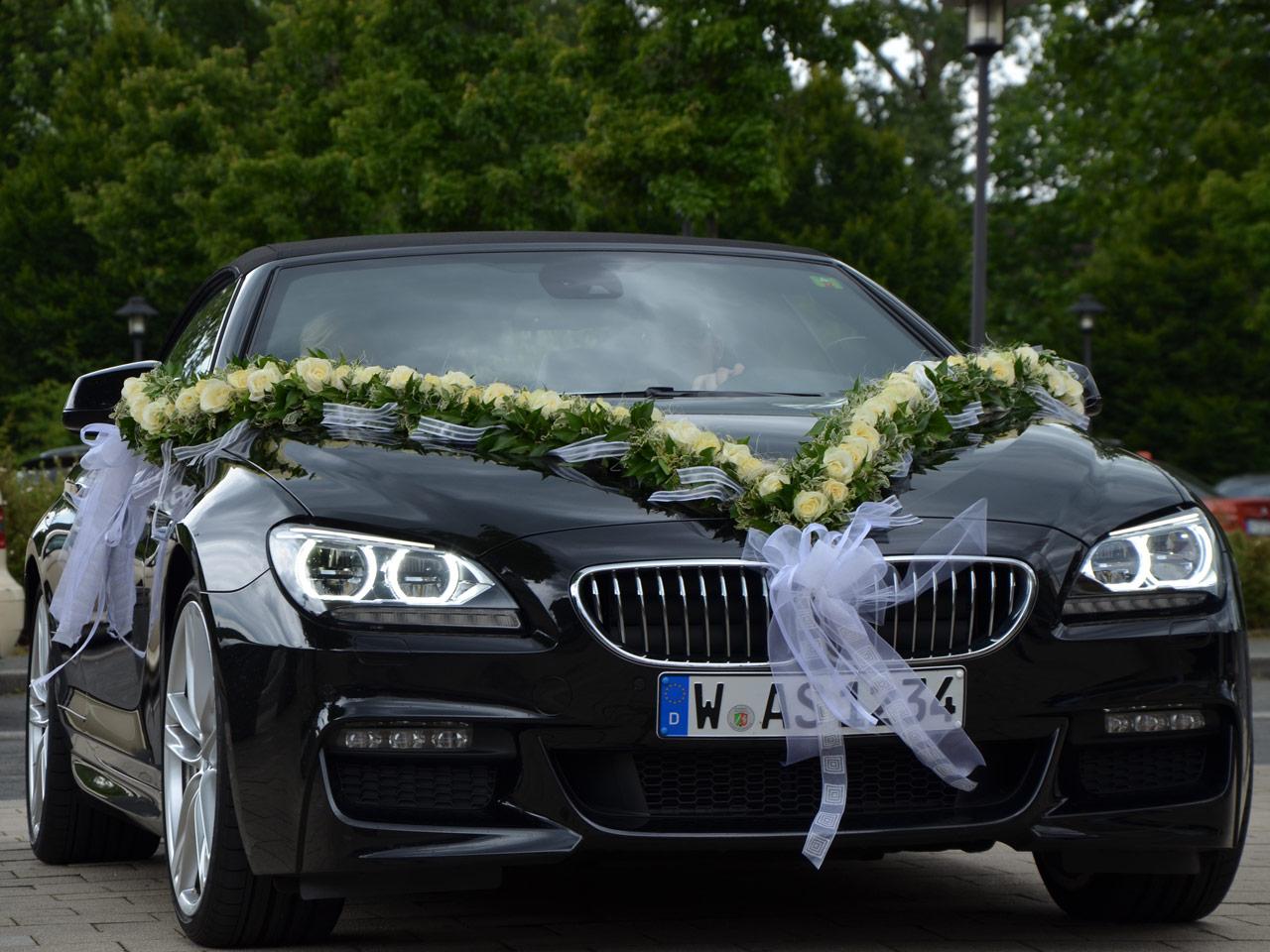 Blumen Sanders Hochzeit Autodeko